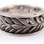 Oxidized sterling silver. Laurel ring